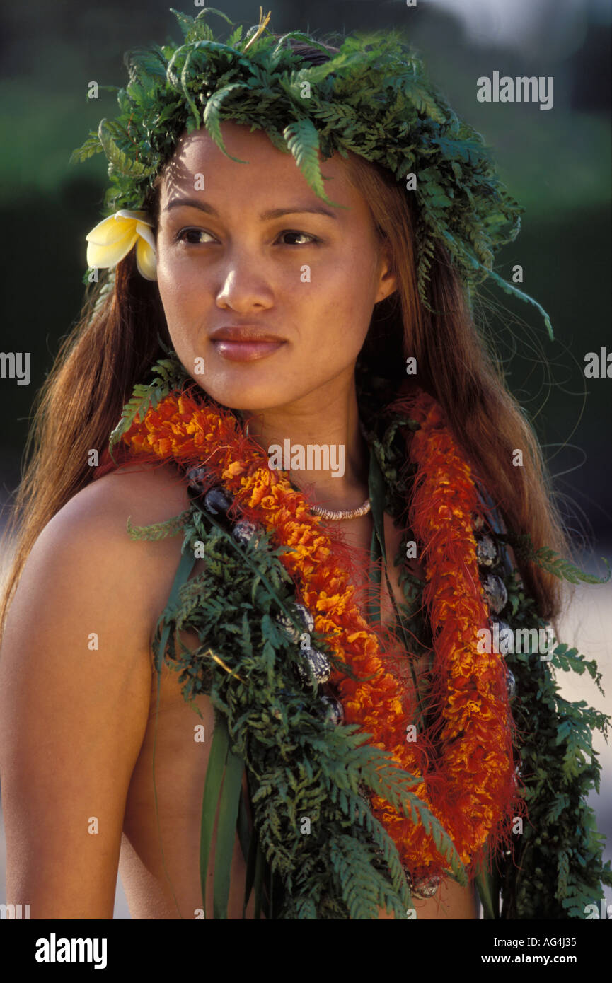 Young hawaiian girl an webcam 5