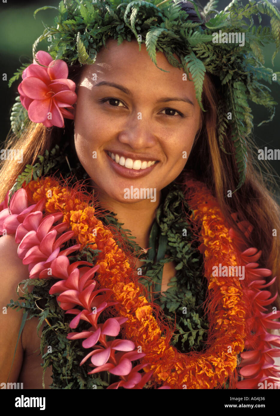 Young hawaiian girl an webcam