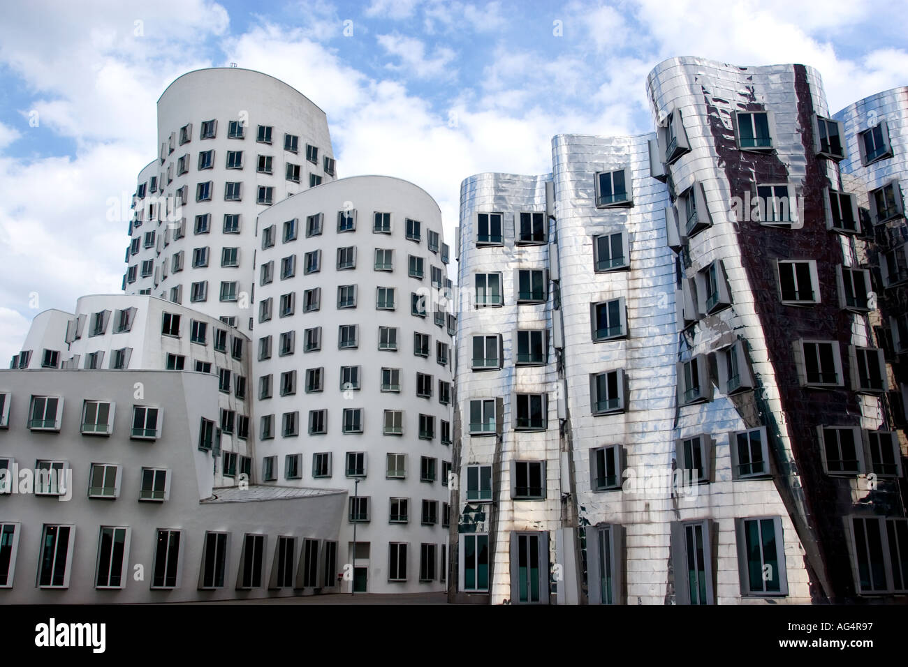 Germany Dusseldorf The Neuer Zollhof buildings by Frank Gehry at the Medienhafen - Stock Image