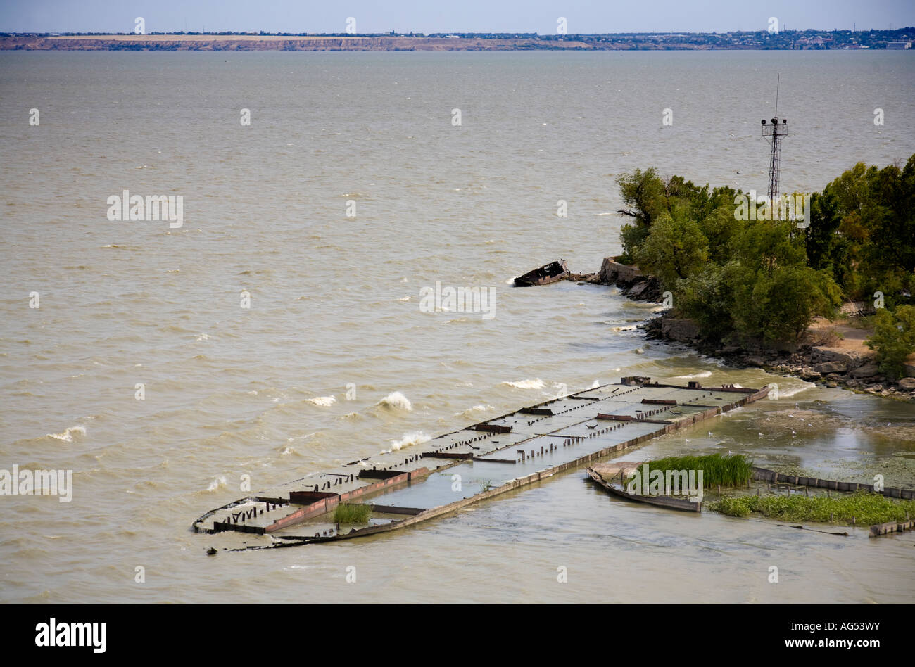 The wreck of a stranded ship at the bank of the Dniester Liman at Bilhorod Dnistrovskyi / Ukraine - Stock Image