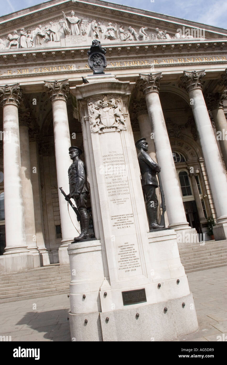 London War Memorial sculpted by Alfred Drury outside The Royal Exchange in the City of London - Stock Image