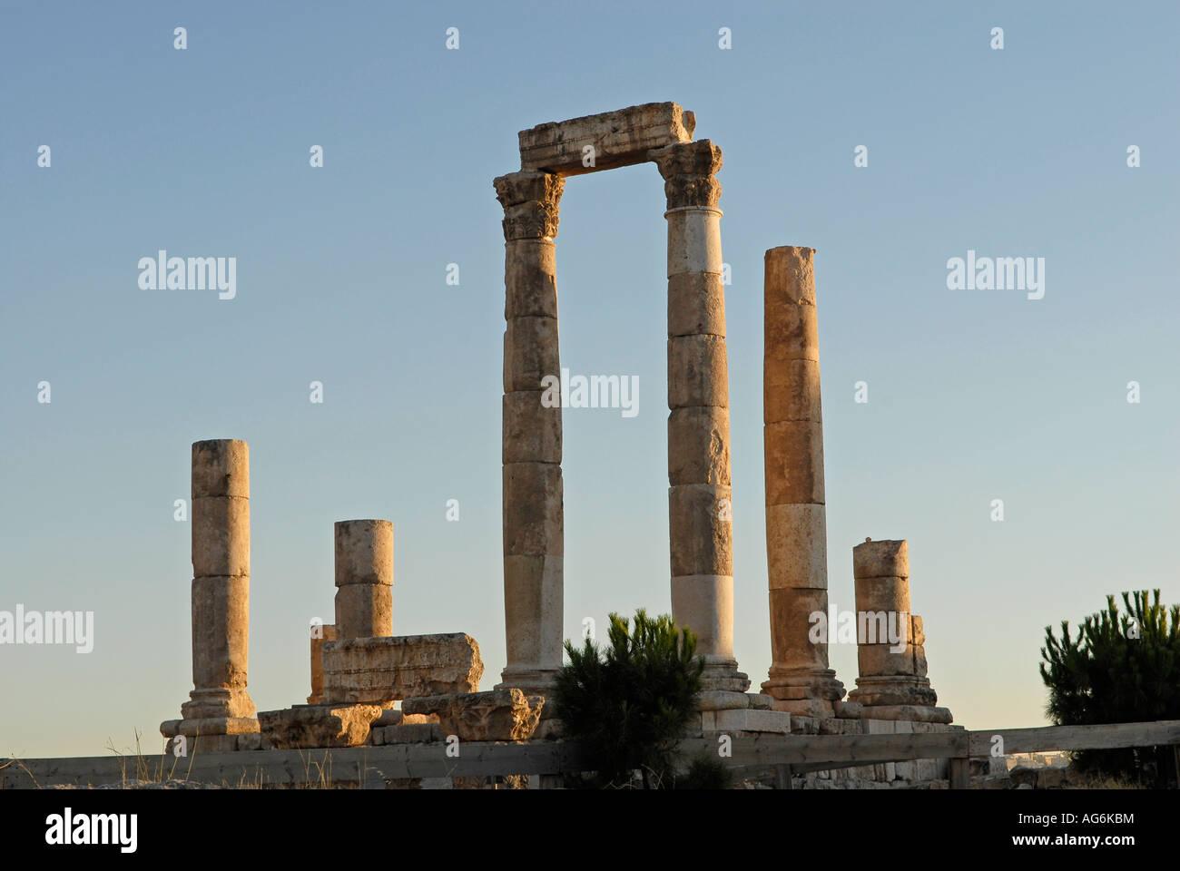 Ruins of the Citadel. Jebel al-Qalaa, Qala hill, columns of the roman Hercules temple in Amman Jordan Stock Photo