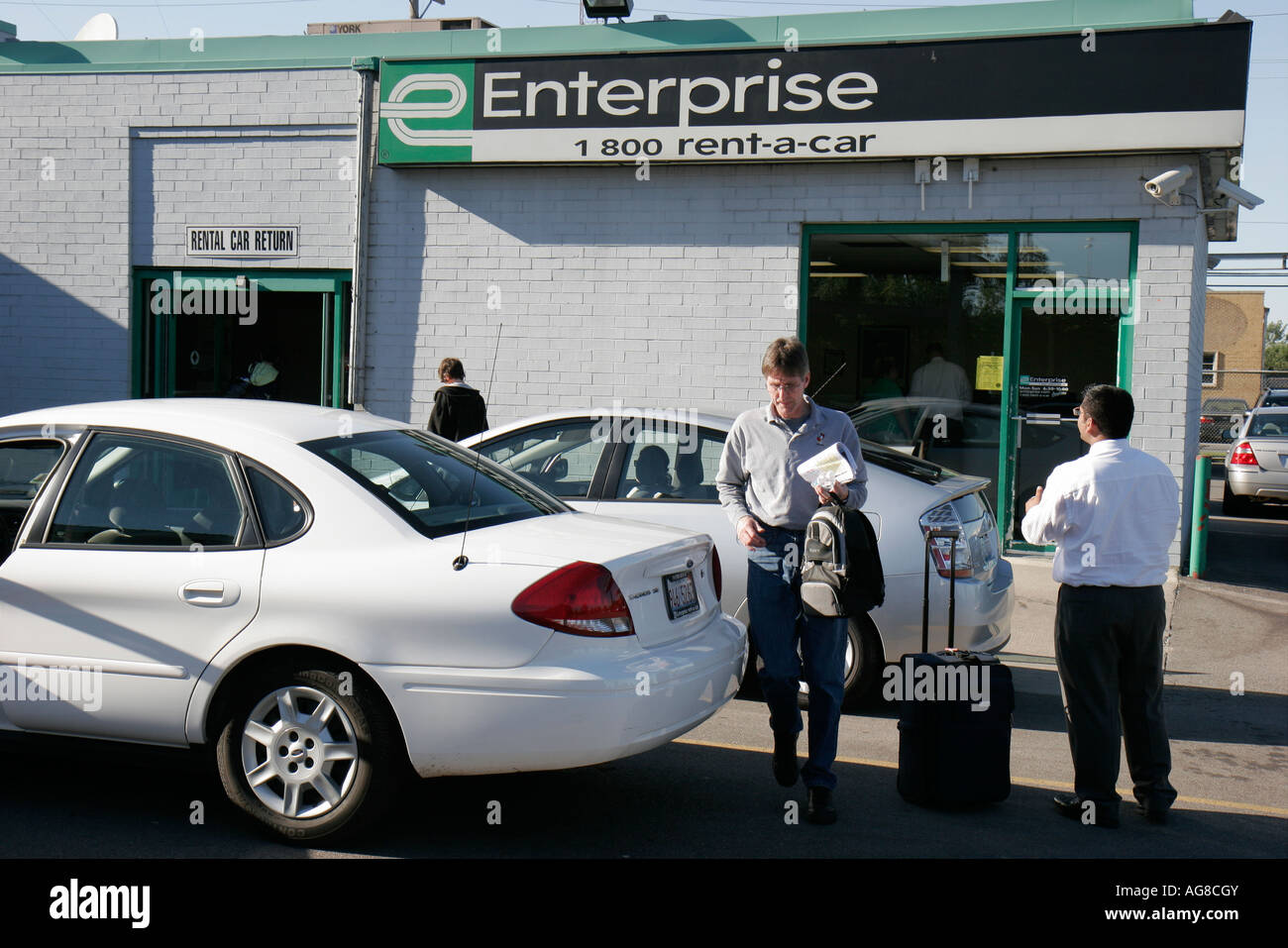 Illinois Chicago O Hare Airport Enterprise Rent A Car Customer Stock
