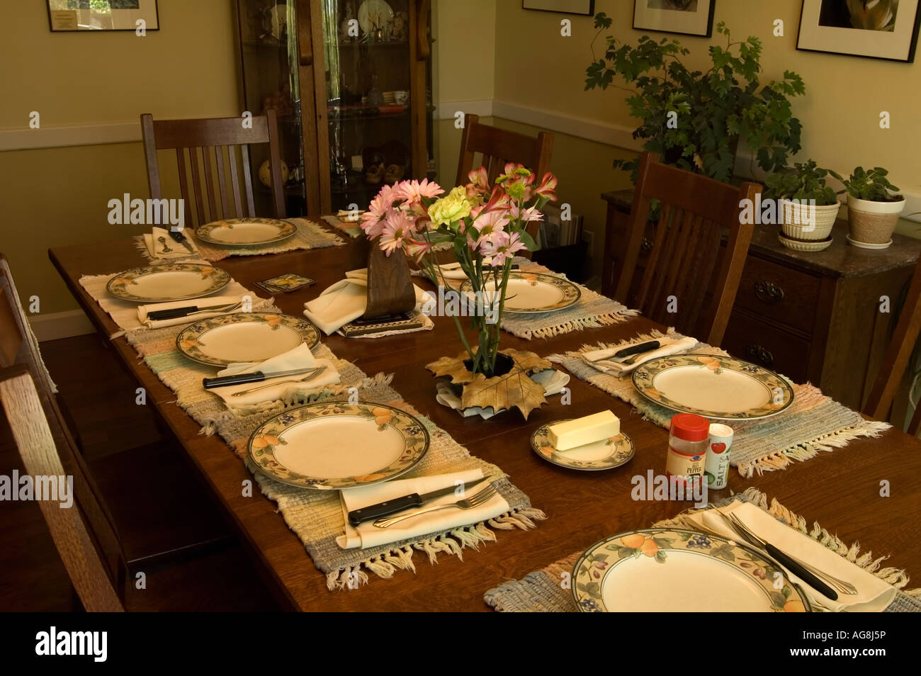Lovely Dining Room Table Set Up For Meal