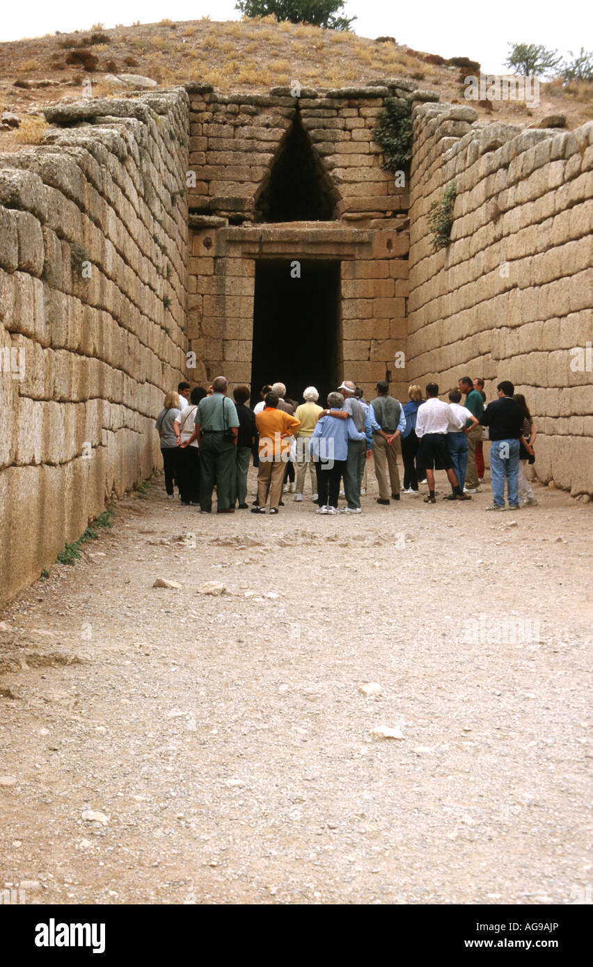 Tourist at the tomb of Agamemnon Mycenae Greece - Stock Image