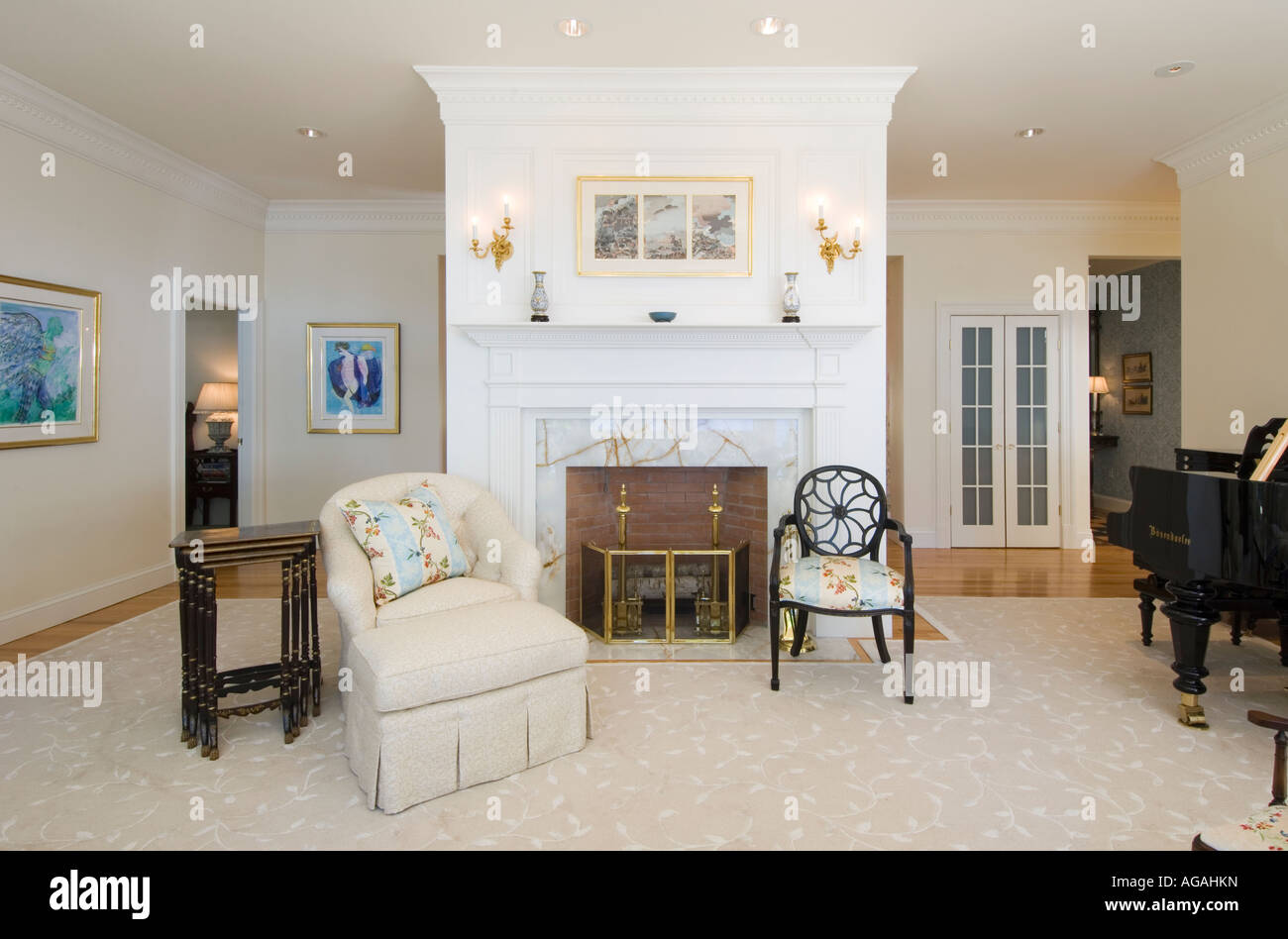 Living Room Fireplace Grand Piano Stock Photos & Living Room ...