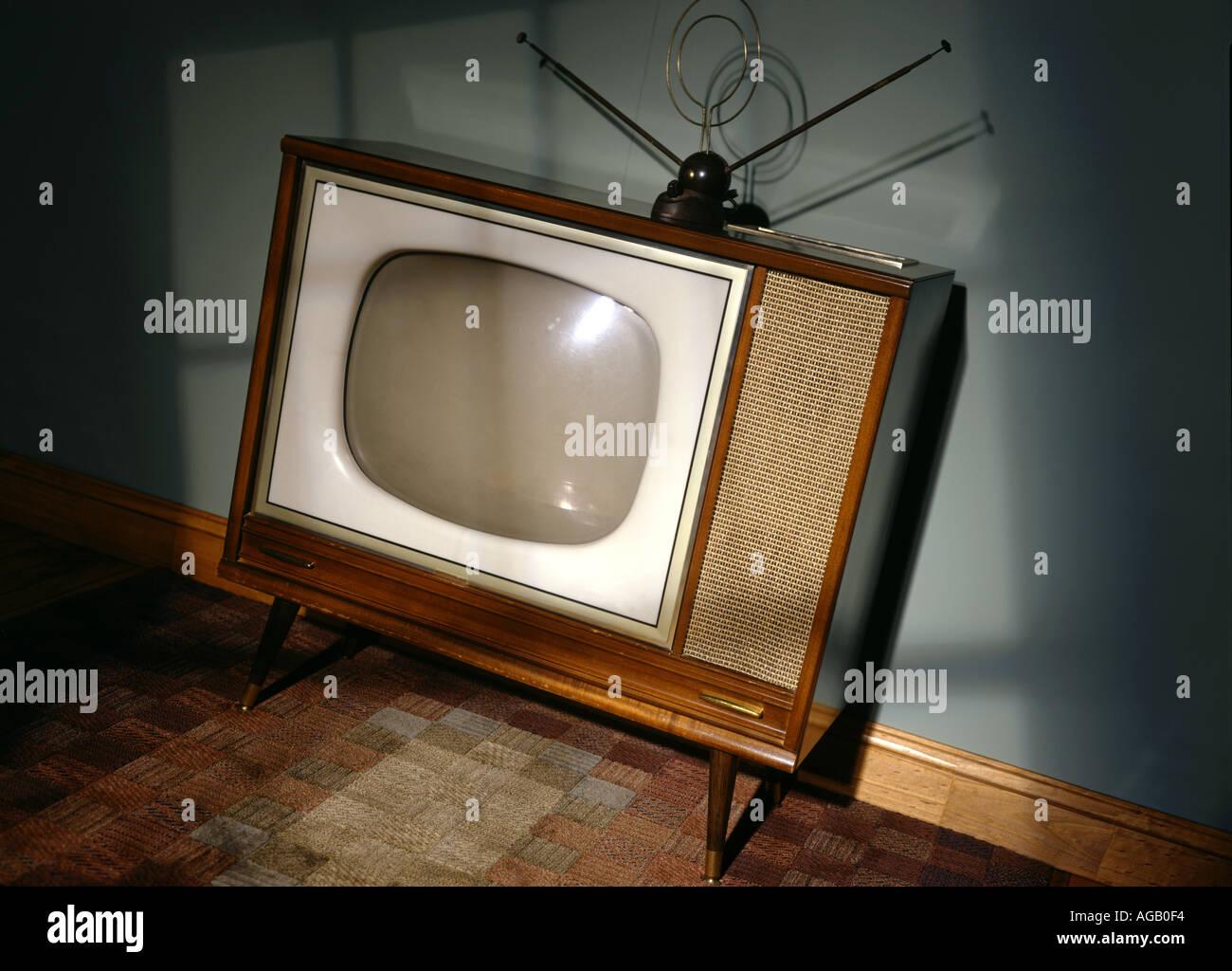 Vintage TV Television set old horizontal - Stock Image