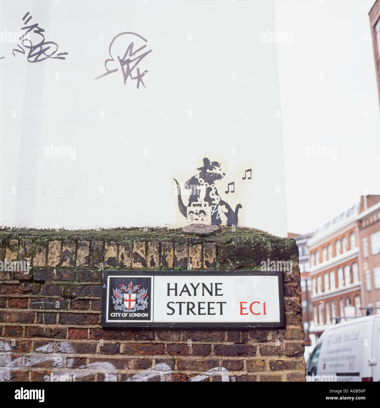 Banksy rat grafitti on a wall Haynes Street, Clerkenwell, London, England, UK  KATHY DEWITT - Stock Image