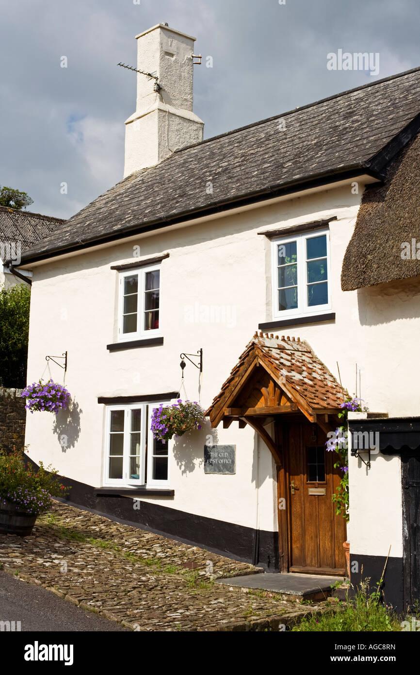 Country cottage in Chittlehampton, Devon, UK - Stock Image