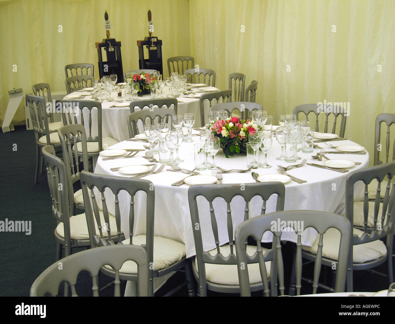 Tables Set Up For Wedding Reception in Marquee in Northumberland Garden - Stock Image & Garden Flower Table Chair Set Up Stock Photos u0026 Garden Flower Table ...
