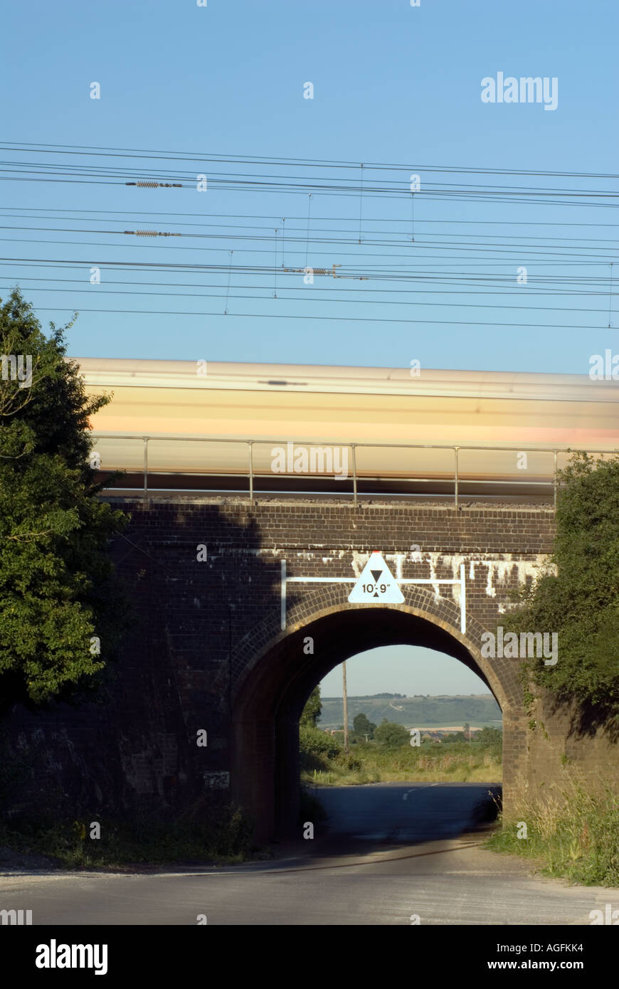 The railway bridge where on the 8th eight August 1963 the infamous Great Train Robbery took place at Sears Crossing Stock Photo