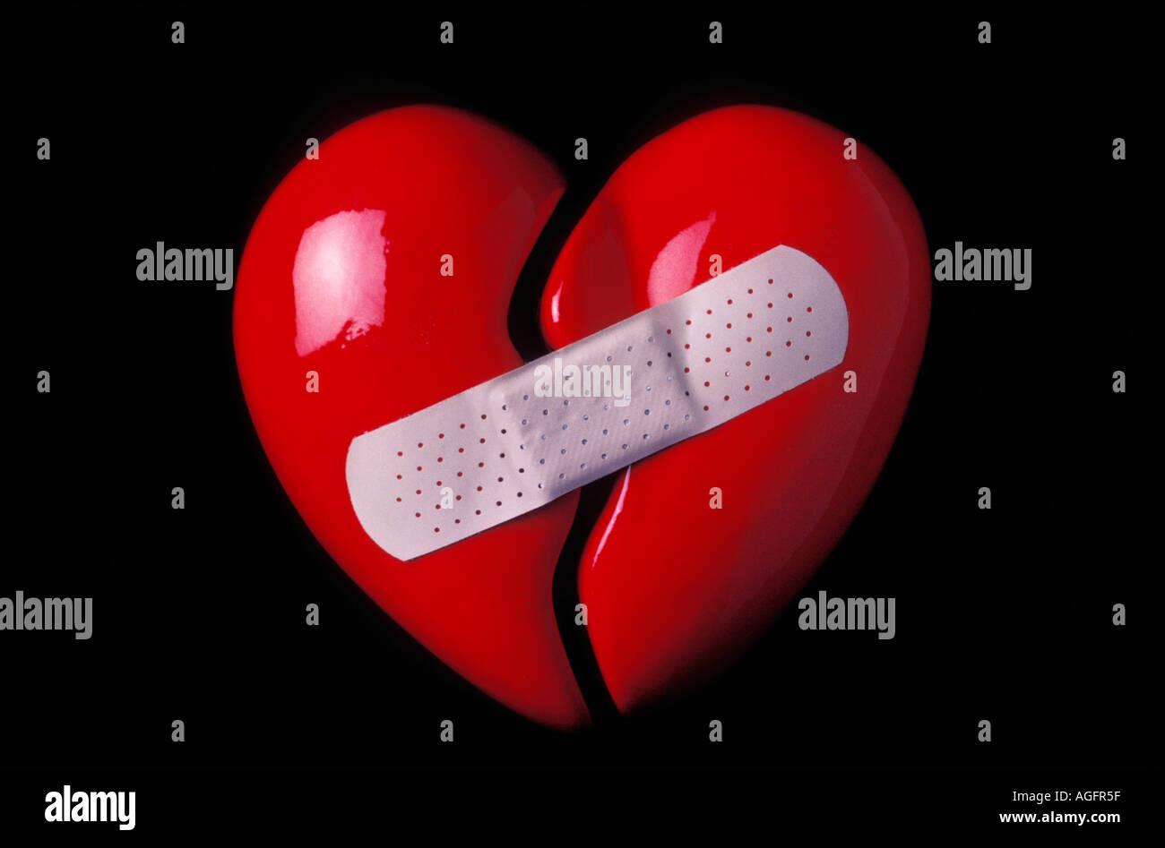 Картинка с ножом в сердце