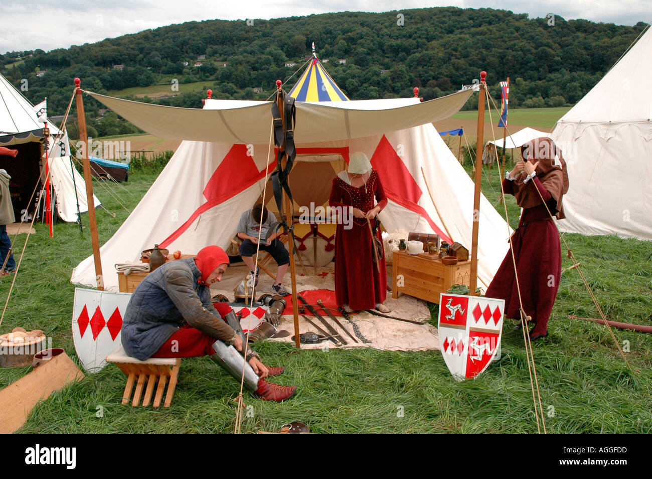 The Plantagenet Medieval Society Recreate Life In The 14th Century