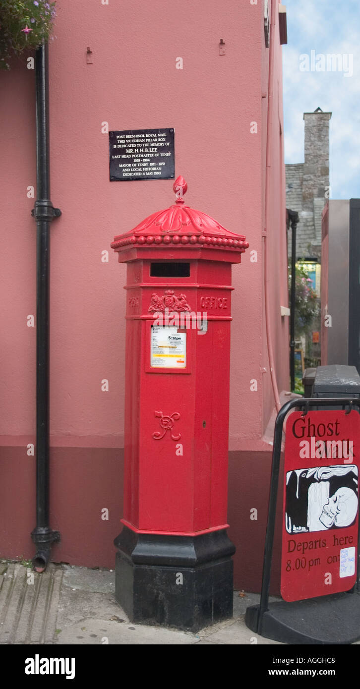 Victorian Post Box in Tenby Pembrokeshire wales - Stock Image