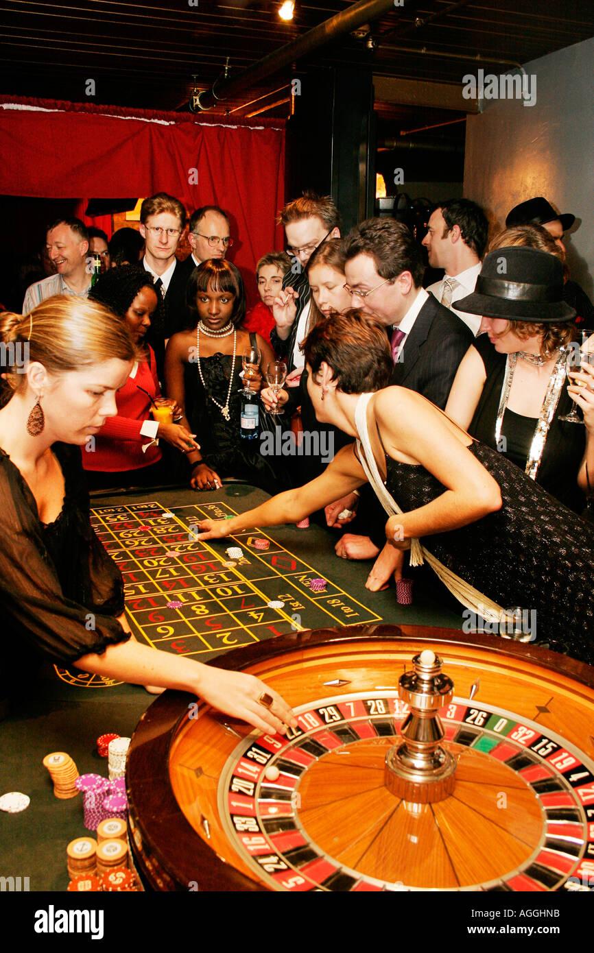 Трейлер к фильму казино рояль