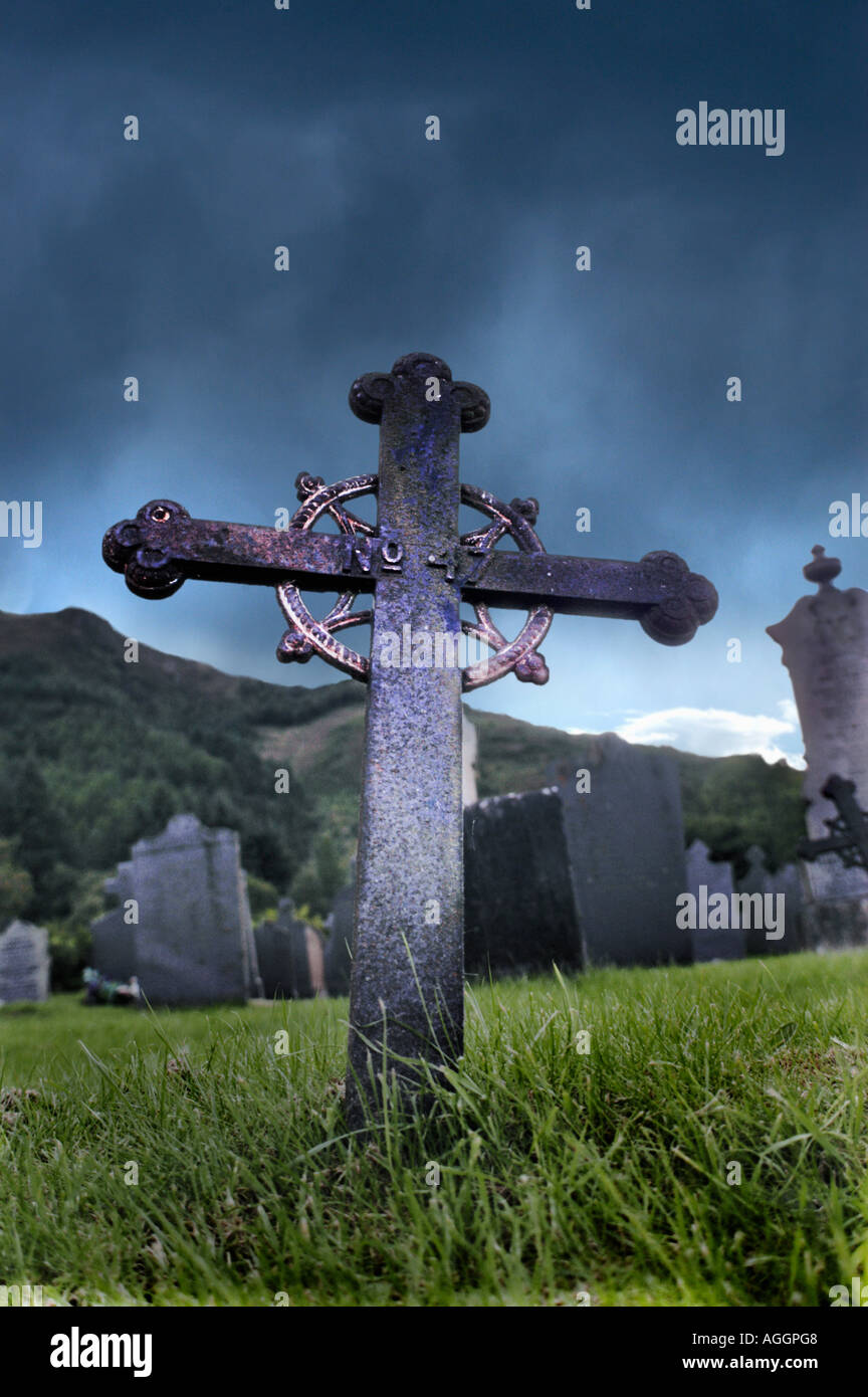 Medieval church and burial ground, celtic cross, Isle of Skye, Scotland - Stock Image