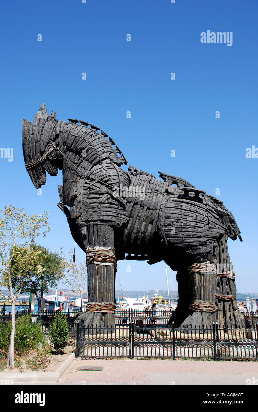 Wooden Trojan Horse Statue High Resolution Stock Photography And Images Alamy