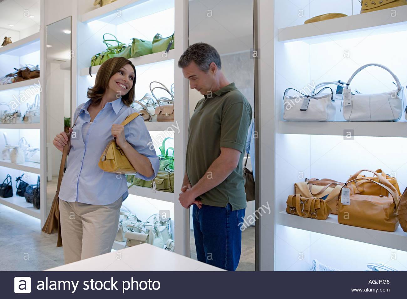 Couple shopping - Stock Image