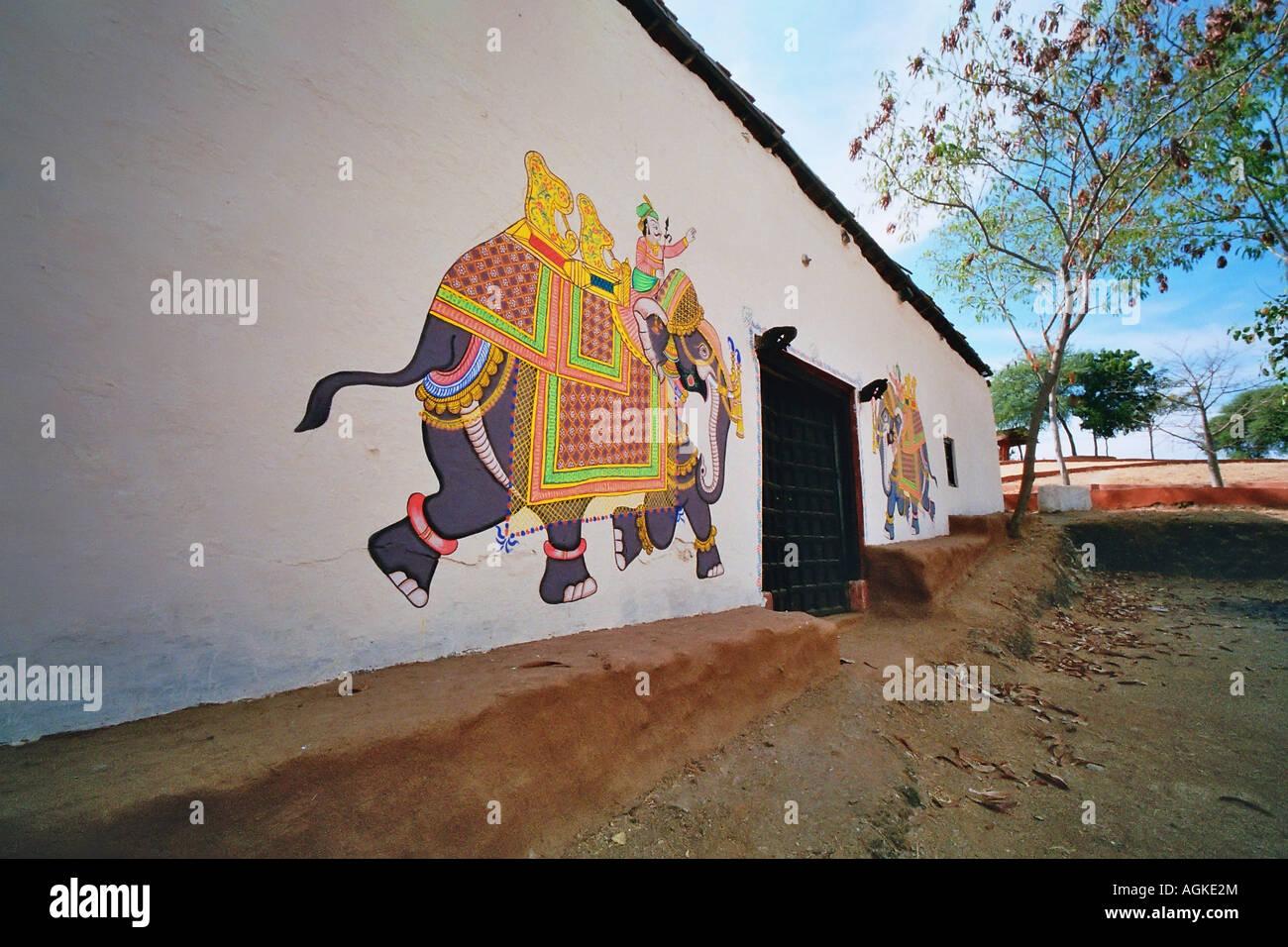 Painet Jm7783 Painted Painting Wall Elephant King Artist Art Door