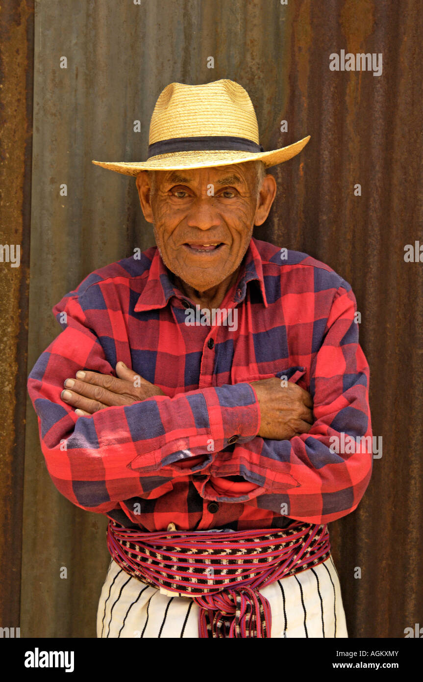Guatemala, Santiago Atitlan, Portrait of smiling old man. - Stock Image