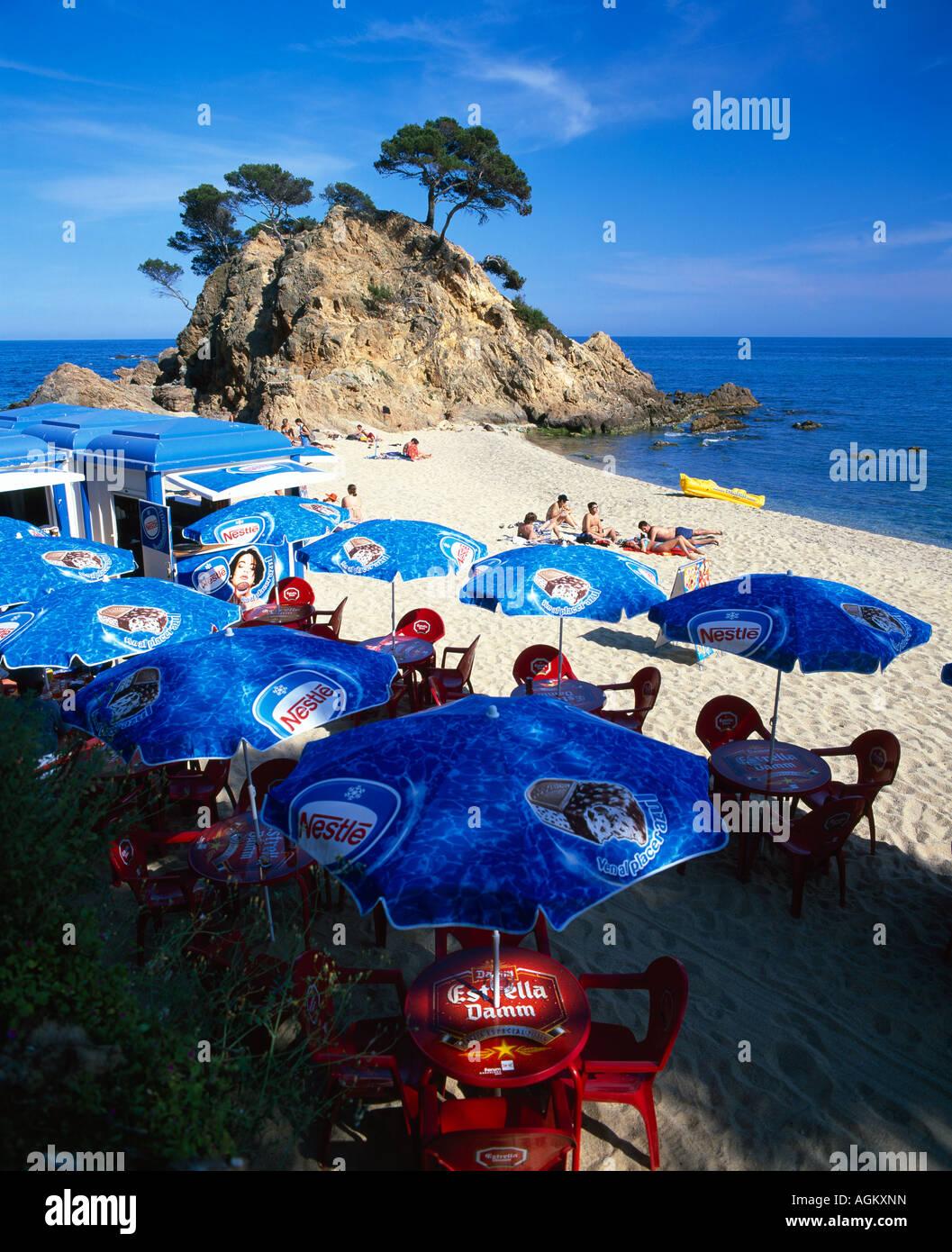 View of seafront & beach of Tossa de Mar Girona Gerona Catalonia Catalunya Cataluña Costa Brava España - Stock Image