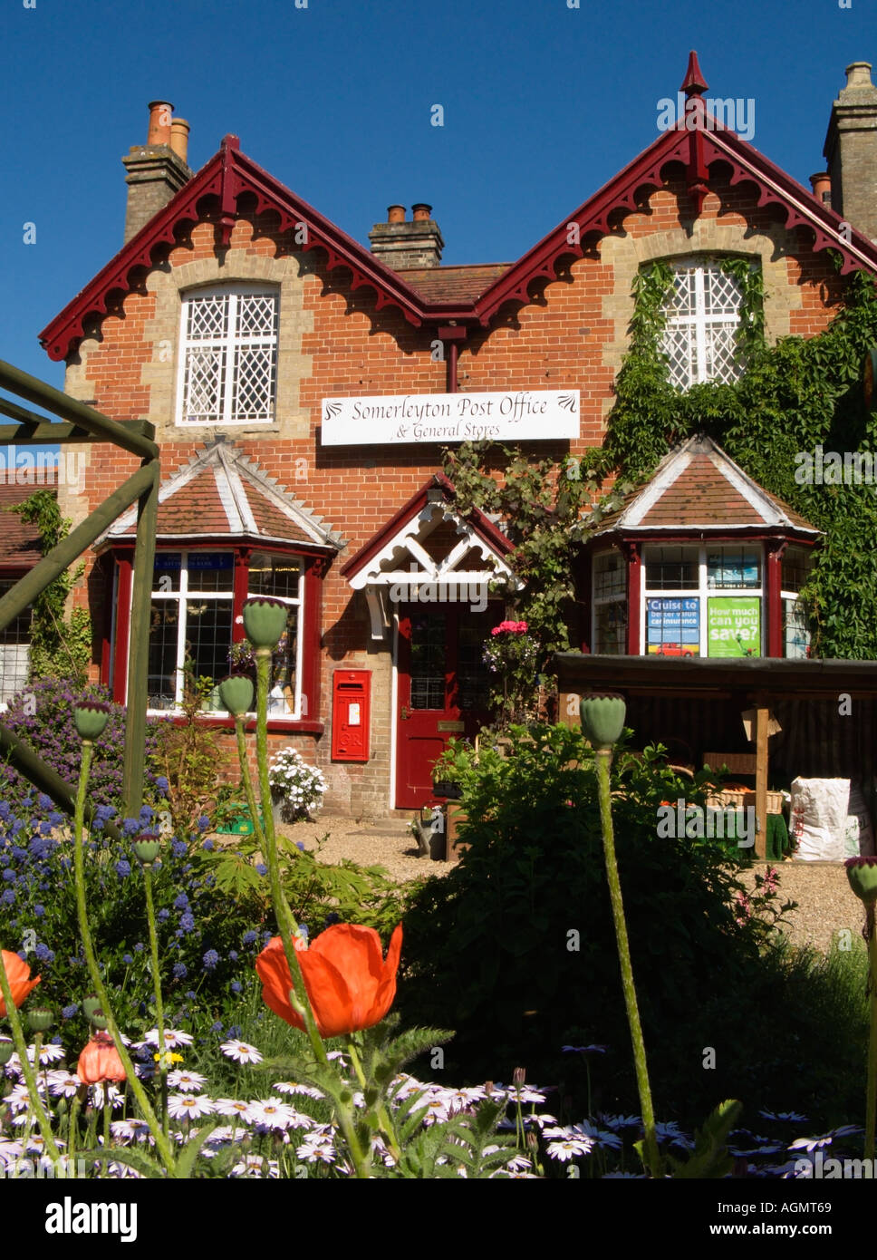 Somerleyton Village Post Office Countryside Rural Scene Stock Photo