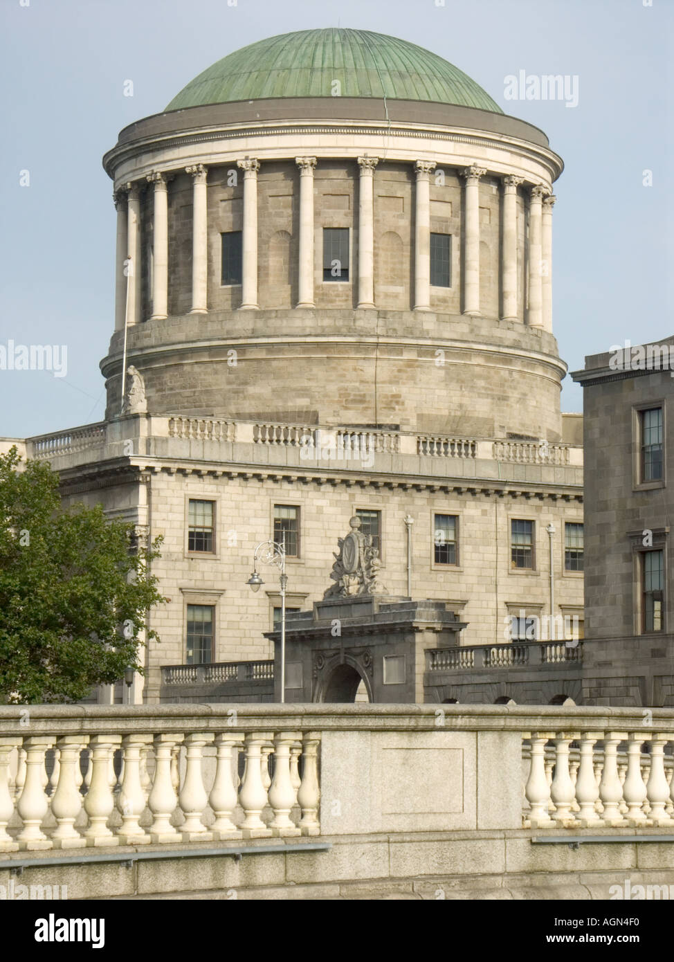 DUBLIN S judiciary is centred around the distinctive dome of the Four Courts building right at the Liffey designed by James Gan - Stock Image