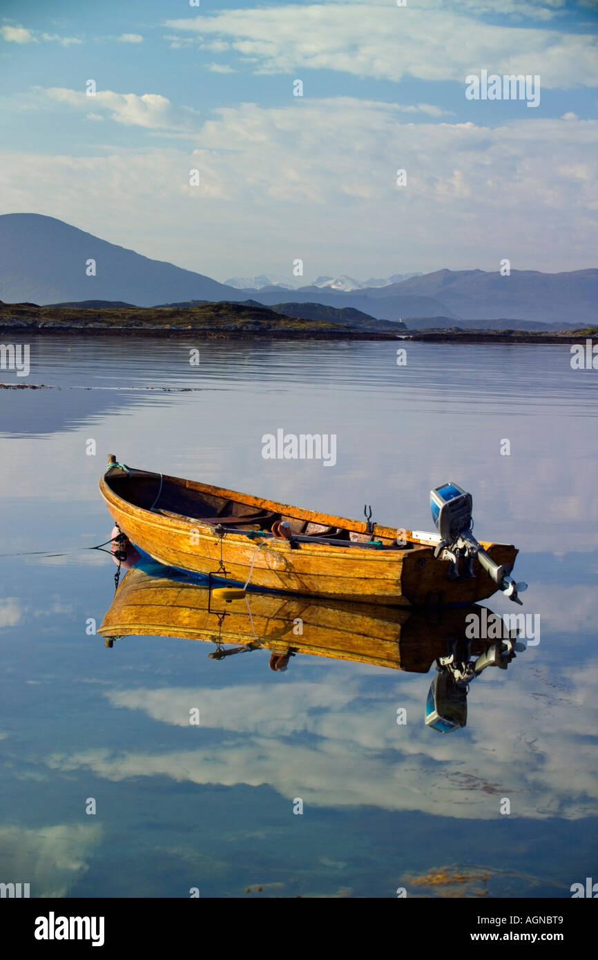 Rowboat in a bay in Bud More and Romsdal area on the west central coast of Norway - Stock Image