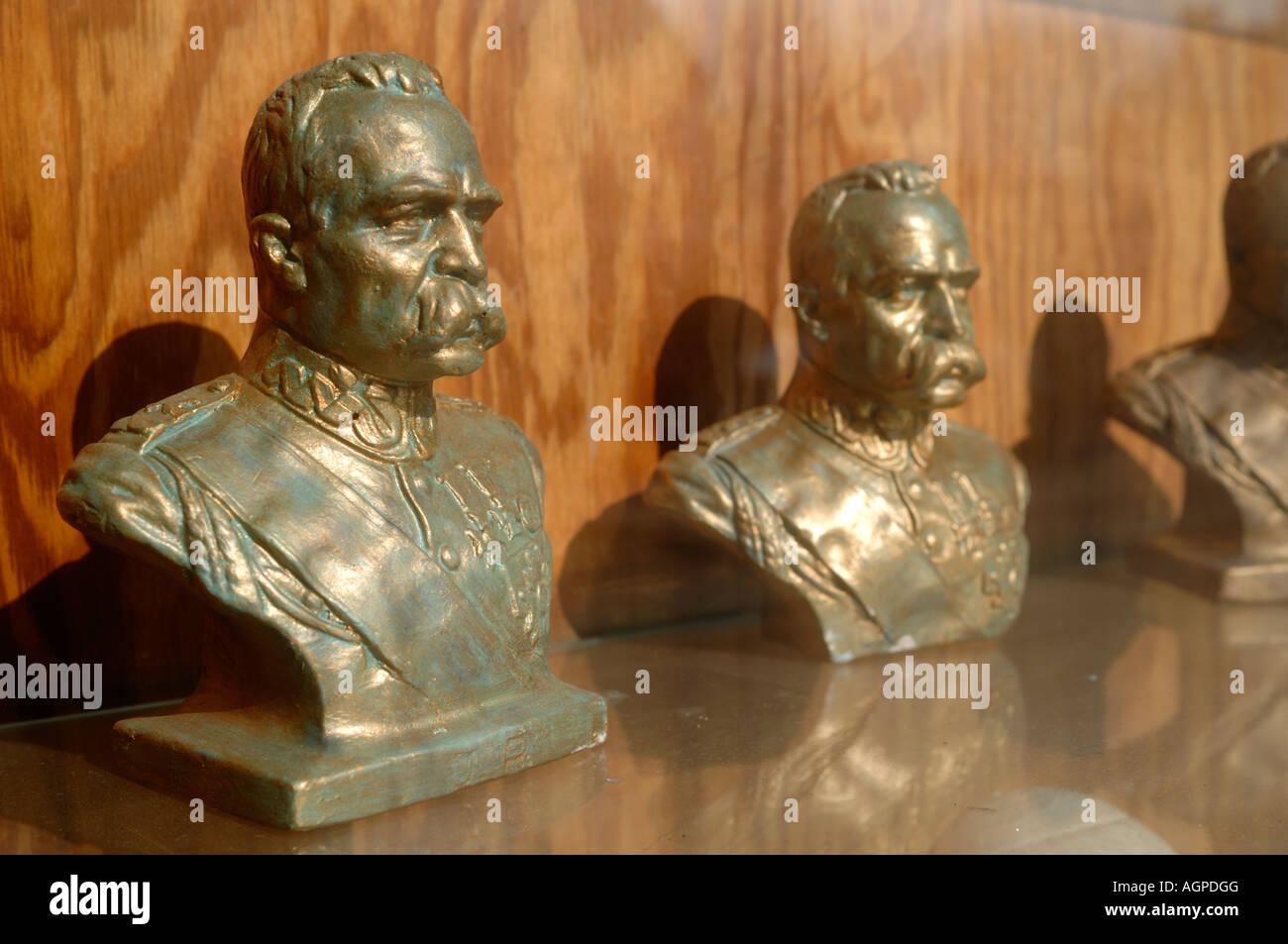Miniature Busts Stock Photos & Miniature Busts Stock Images - Alamy