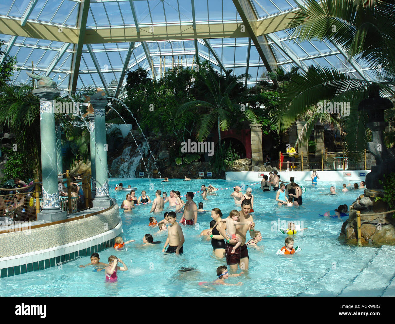 Centre Parcs Pool Stock Photos Centre Parcs Pool Stock Images Alamy