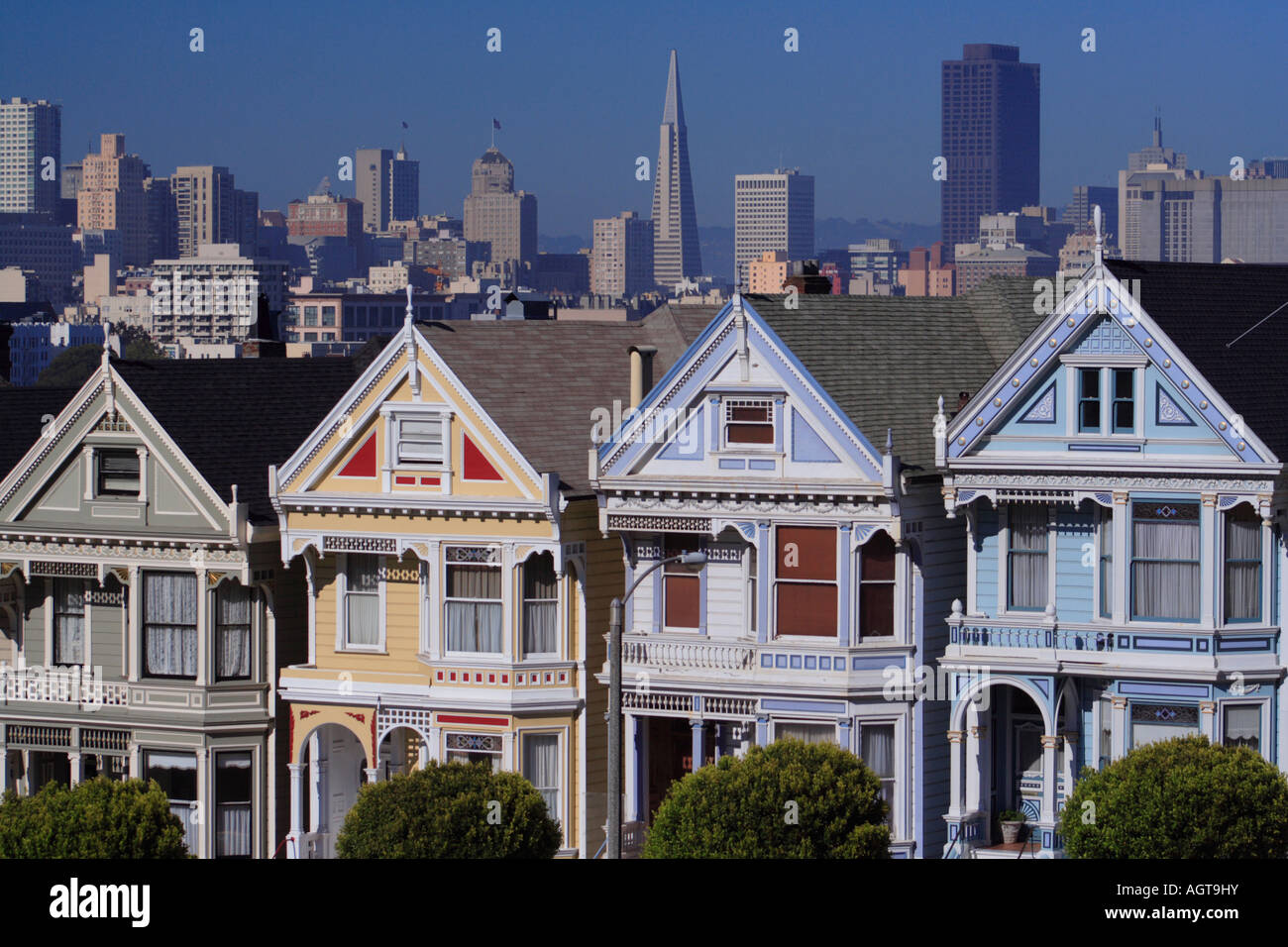 Postcard Row and San Francisco city skyline Stock Photo