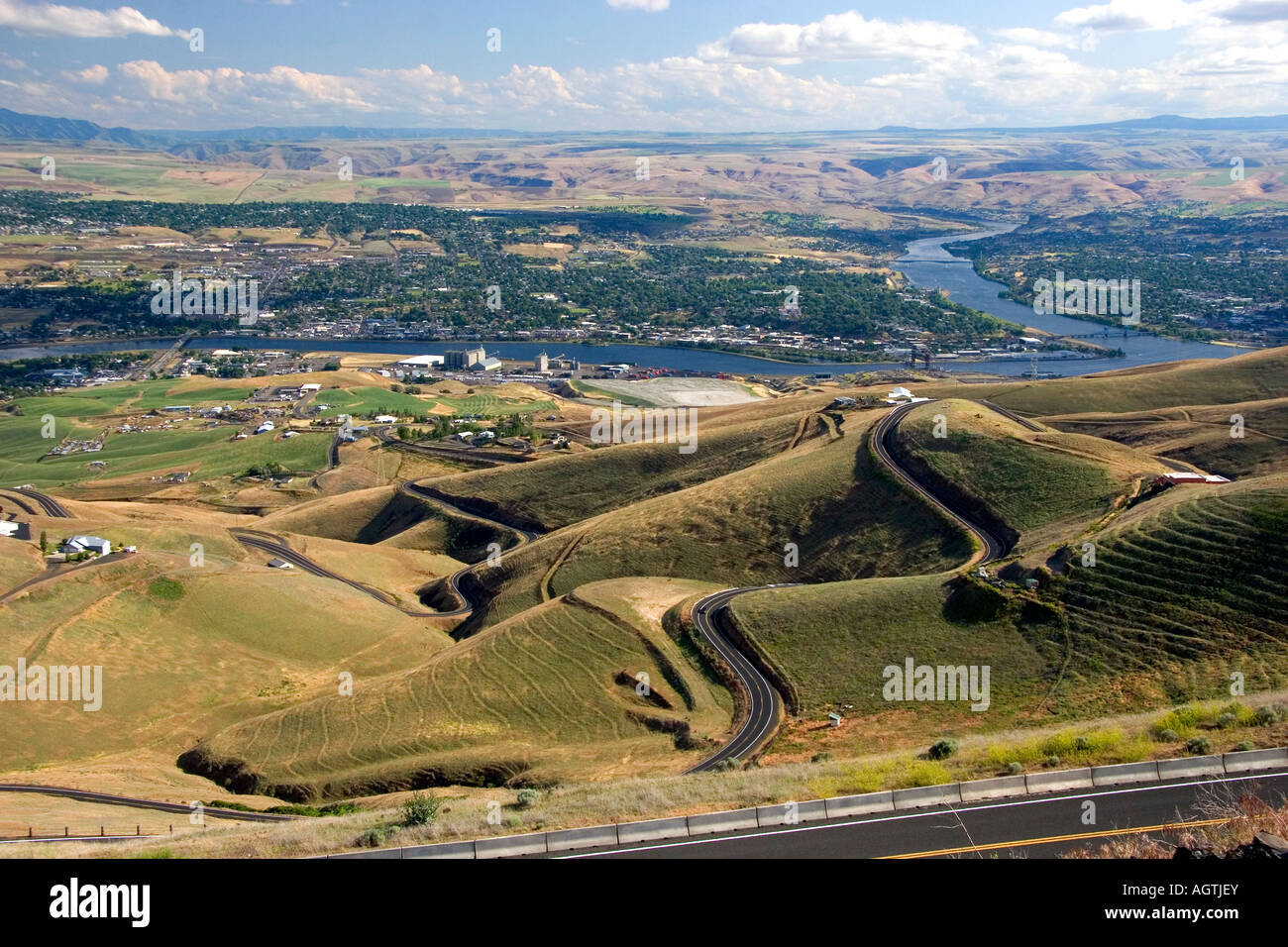 A view of Lewiston Idaho and Pullman Washington at the confluence of Clearwater and Snake Rivers Stock Photo