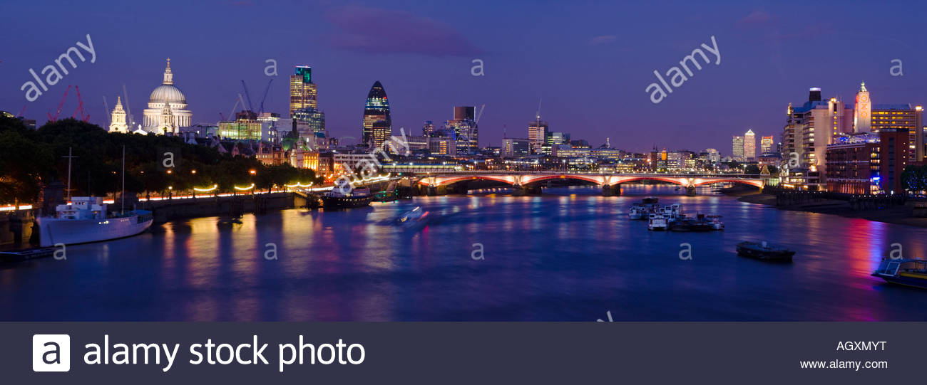 Panoramic view of the City of London and the river Thames, London, England. - Stock Image