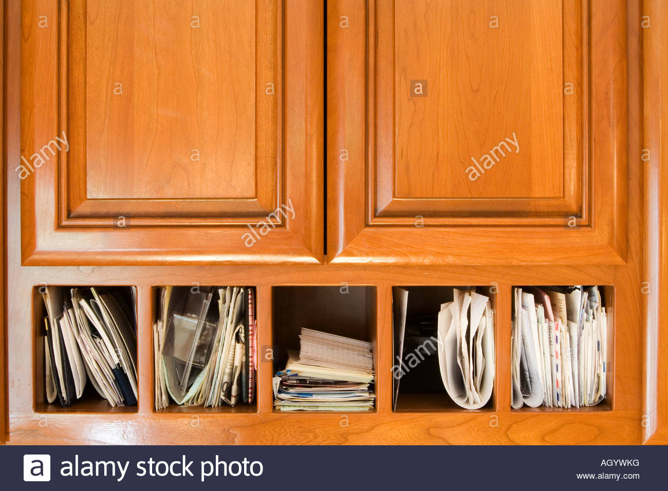 Beau Organization Of Mail And Cabinetes