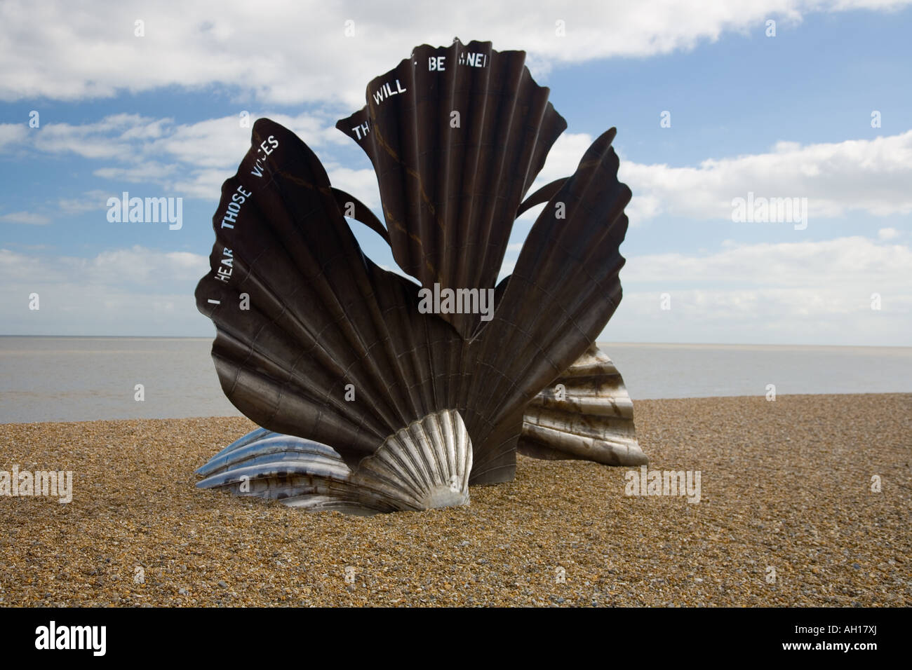 Aldeburgh, Suffolk, England, 'Scallop' shell sculpture by Maggi Hambling in honour of Benjamin Britten - Stock Image