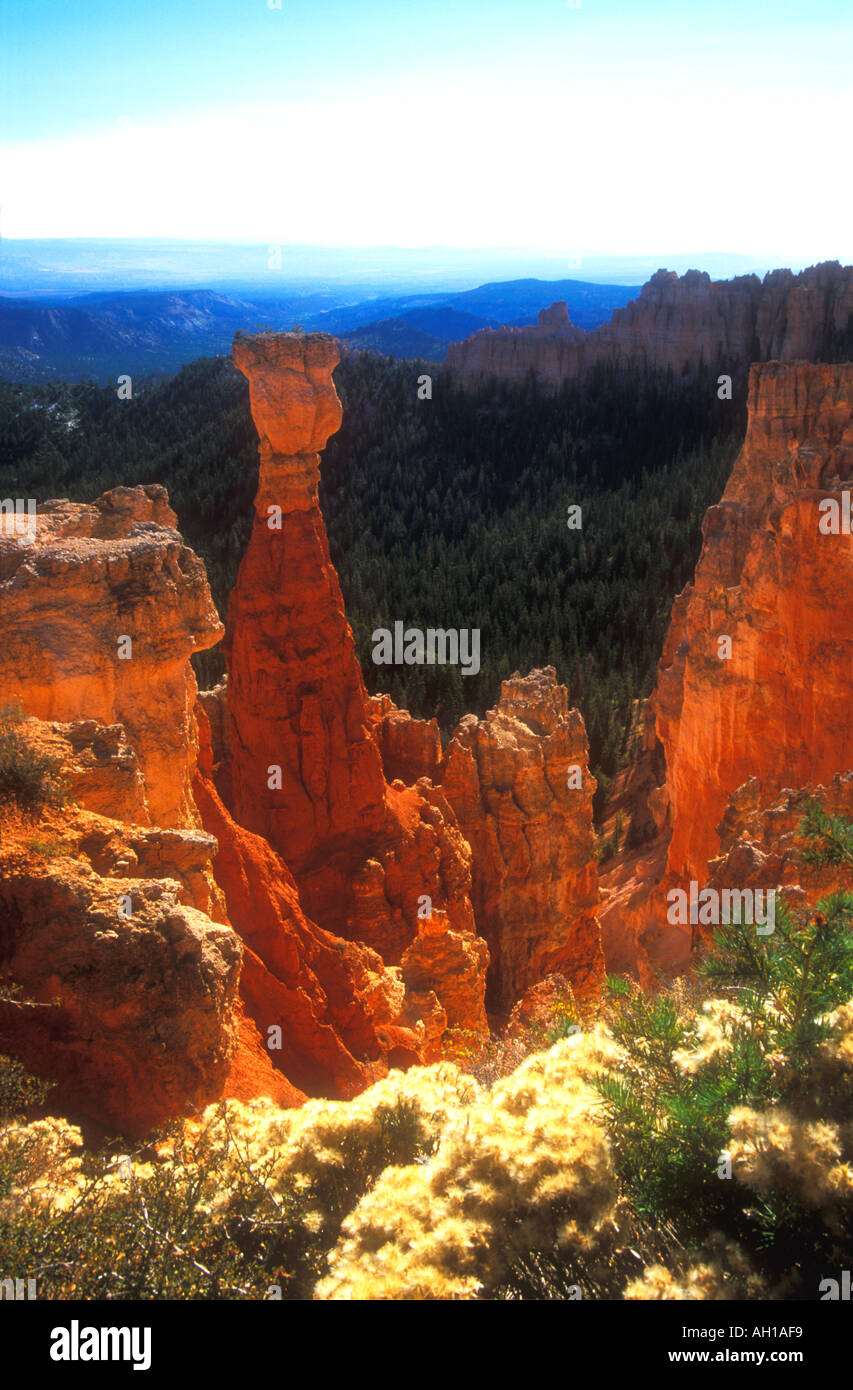 Bryce Canyon from Agua Canyon viewpoint at sunrise with Hunter Pinnacle Utah Southwest USA in fall United States of America - Stock Image
