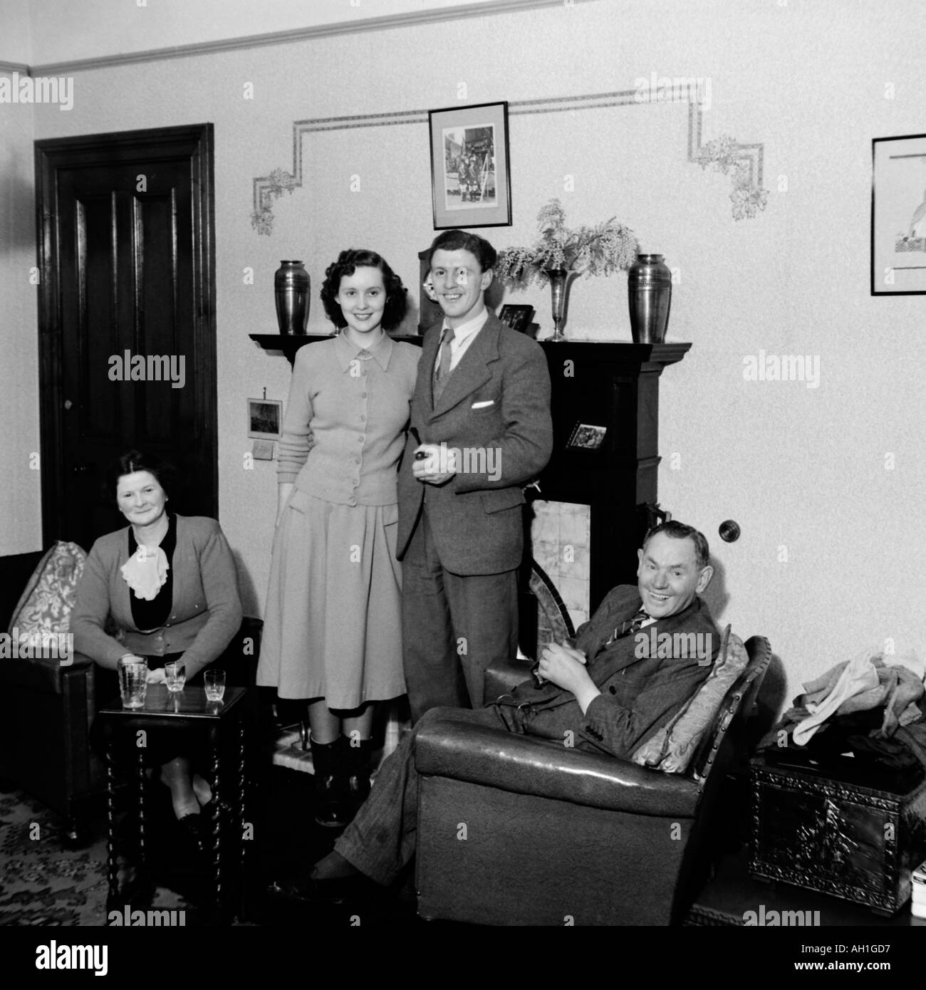 old vintage family photograph snap shot married couple with parents stock photo 4676822 alamy. Black Bedroom Furniture Sets. Home Design Ideas