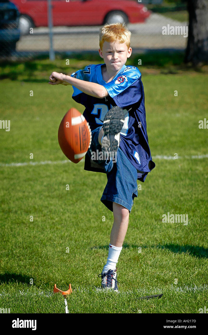 Boys Compete in Punt Pass Kick Competition - Stock Image