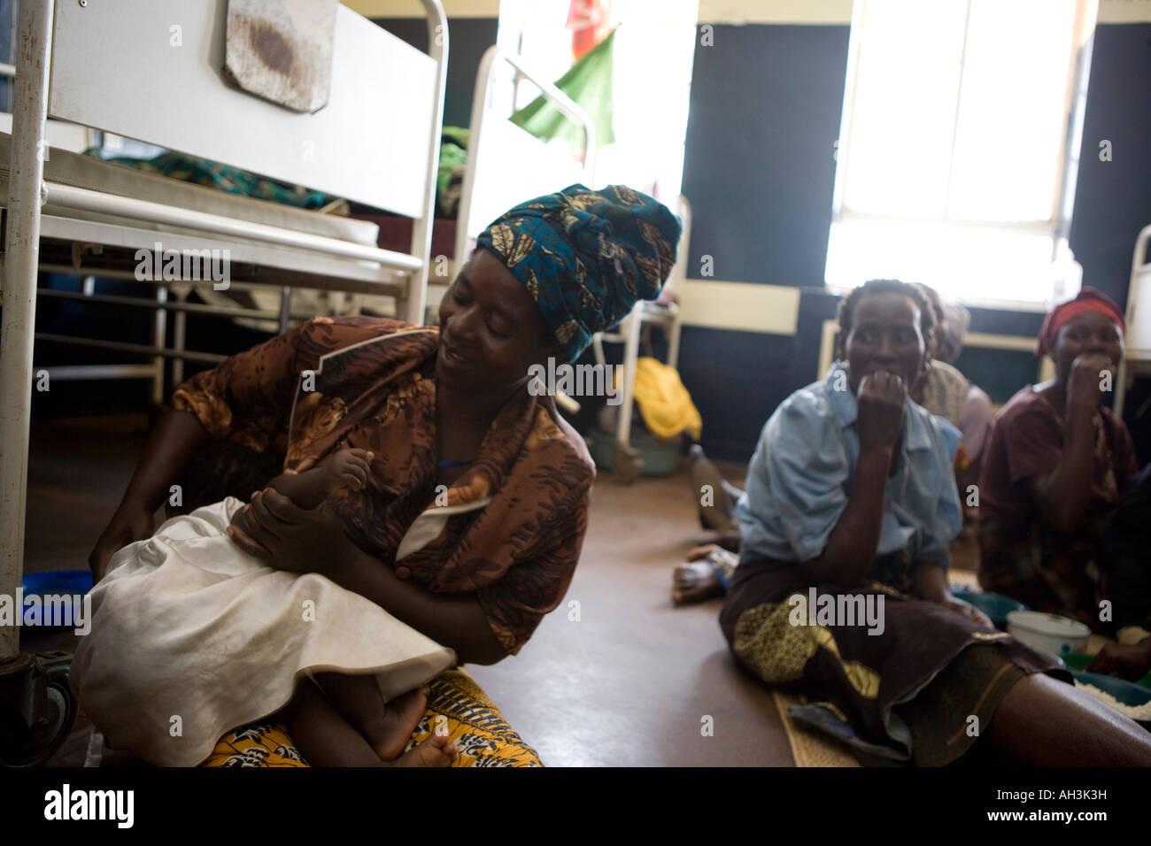 Grandmother of child just born in Bottom Hospital, Lilongwe, Malawi - Stock Image