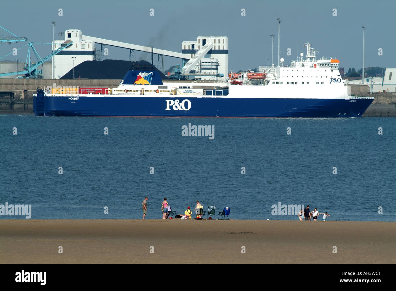 P and O P&O vessel Norbay on the River Mersey Merseyside Liverpool northern England UK New Brighton beach - Stock Image