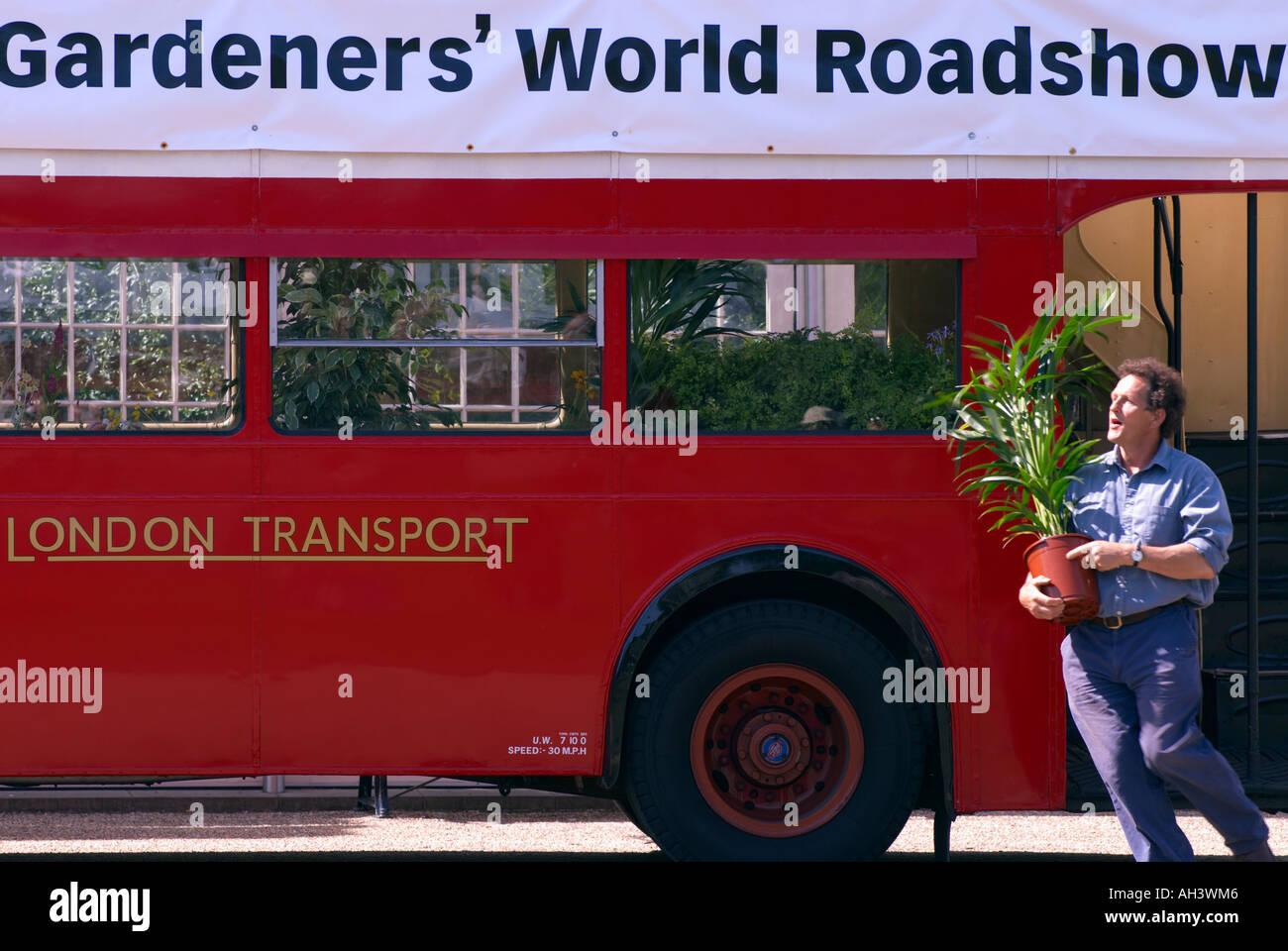 road show bus botanical gardens event gardens roadshow stock photos