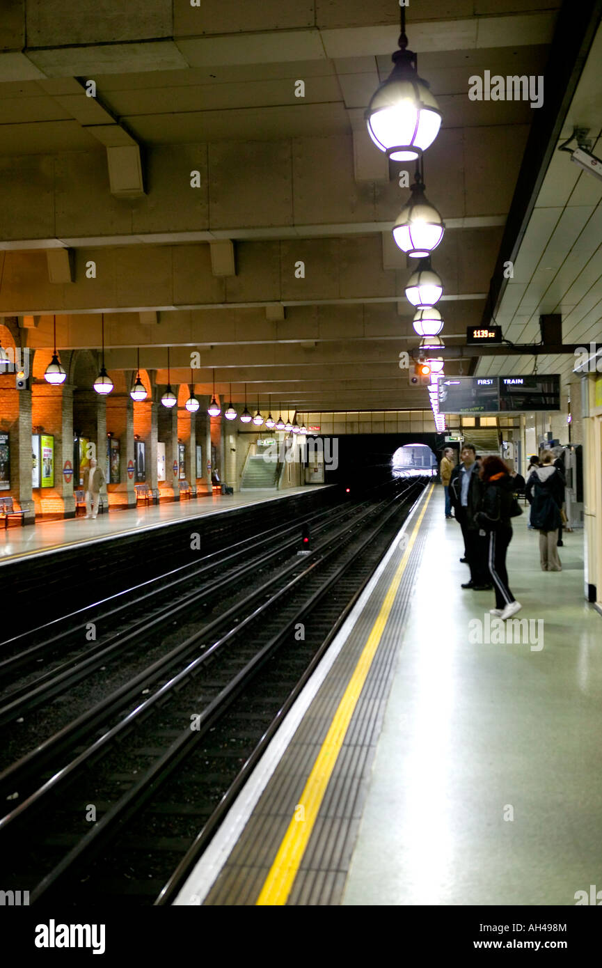 Waiting in the tube for the train - Stock Image