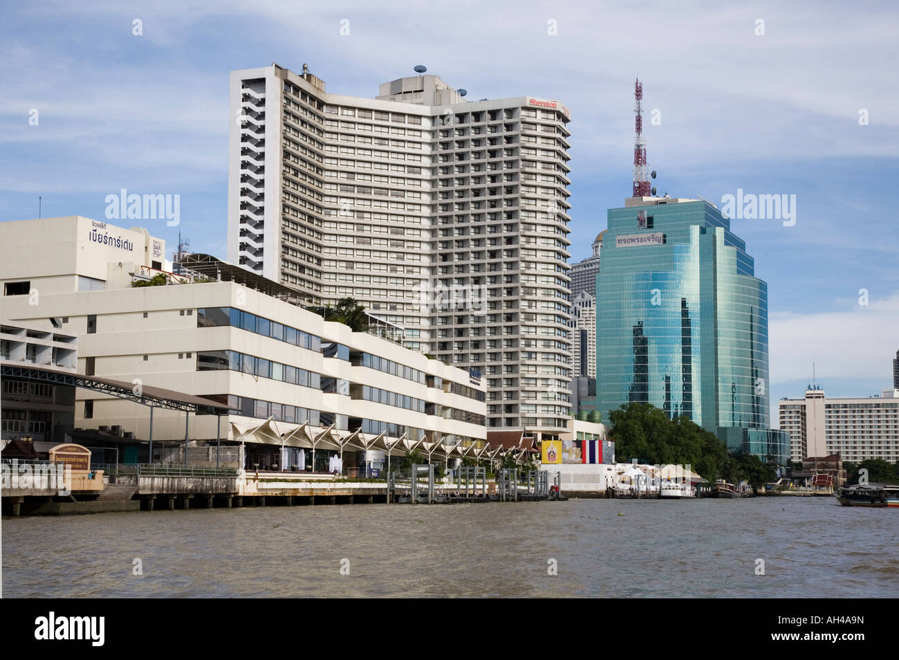 Royal Orchid Sheraton Hotel   Towers hotel seen from a boat on the Chao  Phraya river 868560f05b
