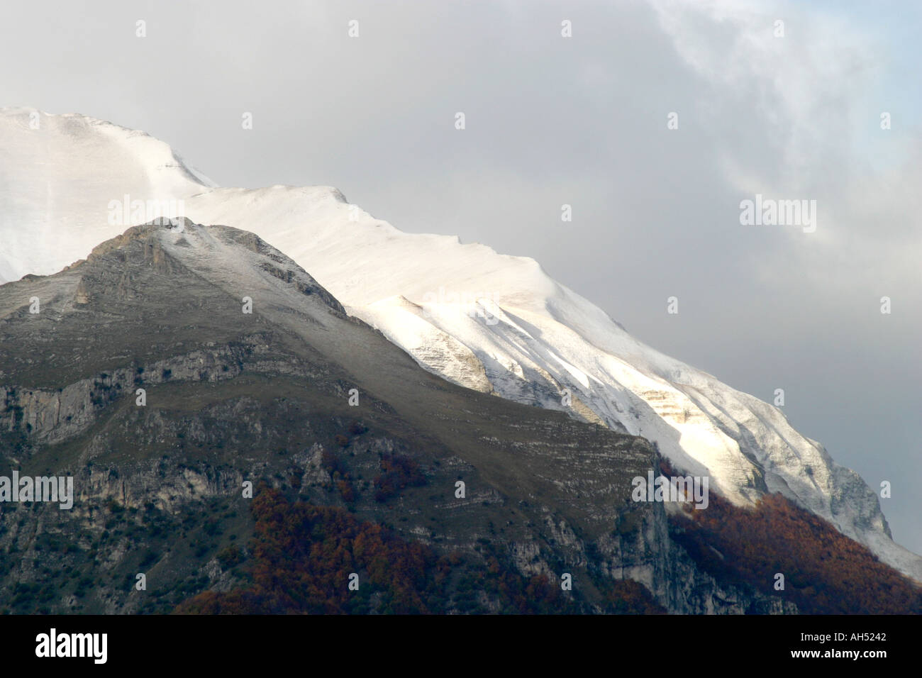 The beautiful  Sibillini Mountains of Le Marche are part of the Appennino Centrale  in Italy Stock Photo