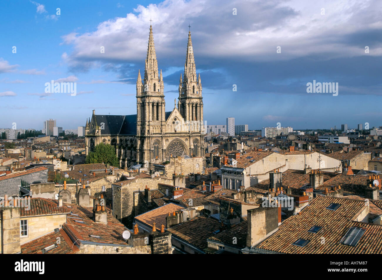 views of the roofs of the quartier des chartrons town of bordeaux stock photo 4696198 alamy. Black Bedroom Furniture Sets. Home Design Ideas