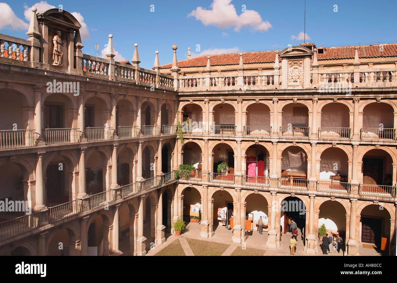Alcala de Henares,  Madrid Province, Spain.  University Patio Mayor - Stock Image
