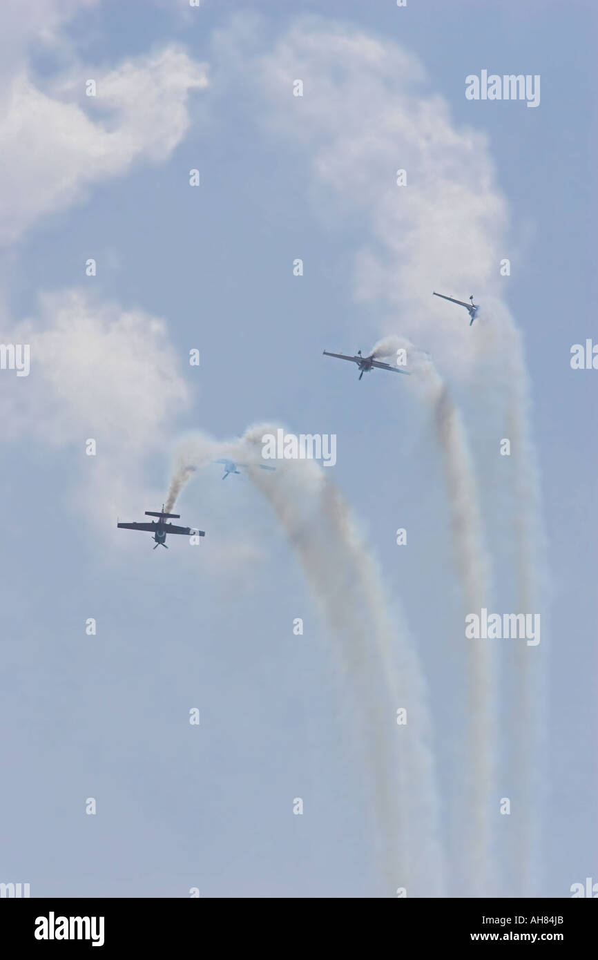 excel blades formation loop - Stock Image