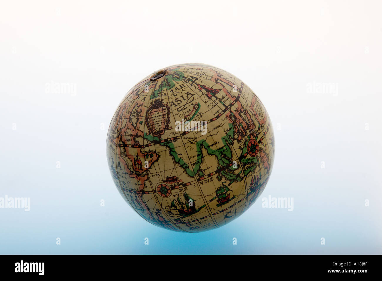 Aad71459 round spherical globe of ball shape of old world map aad71459 round spherical globe of ball shape of old world map showing earth asia indian ocean india on white background gumiabroncs