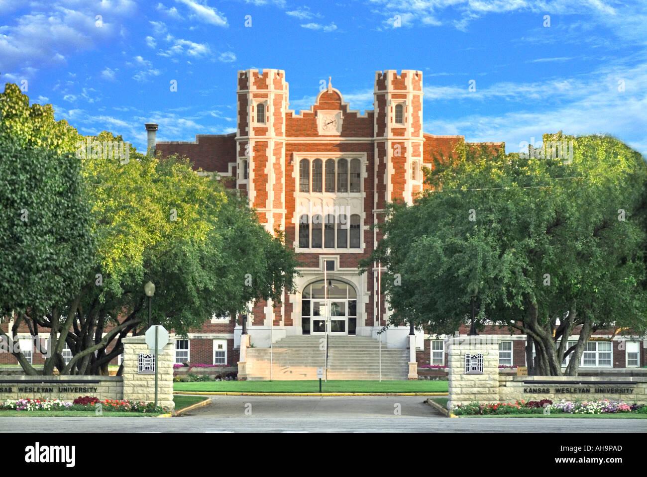 Kansas Wesleyan University >> Kansas Wesleyan University Stock Photo 4702892 Alamy