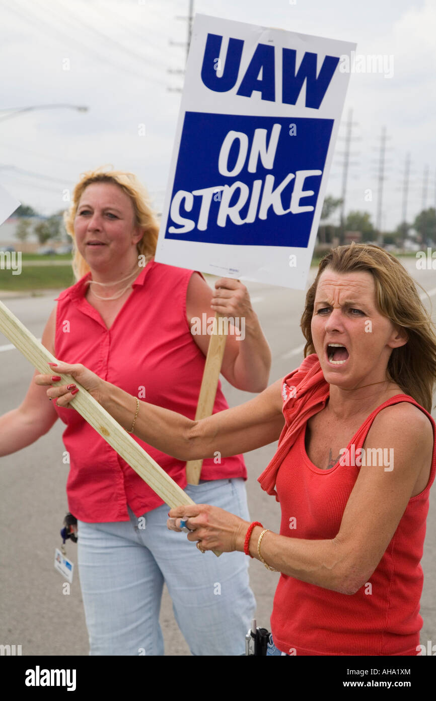 Auto workers strike General Motors - Stock Image